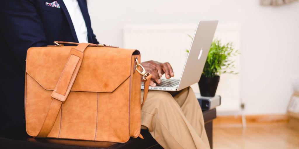 Современный дизайн сумки 2019-2020 позволит сделать деловой образ эффектным и стильным.