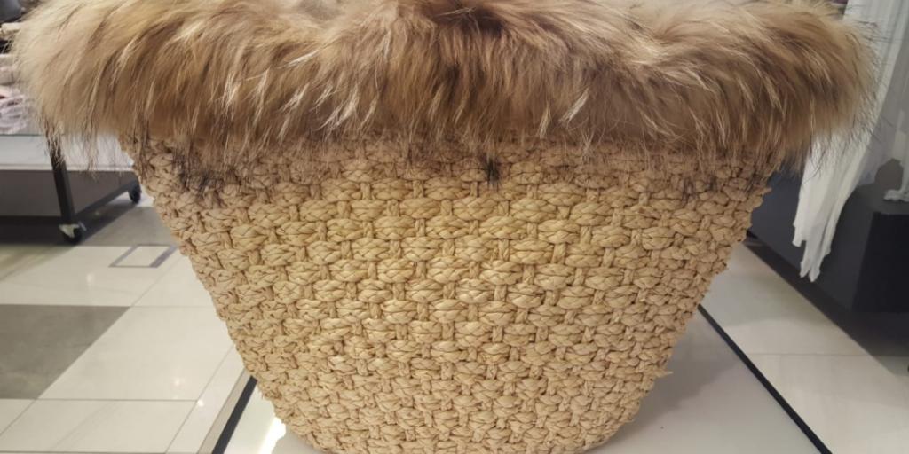Модная плетеная сумка осени 2019