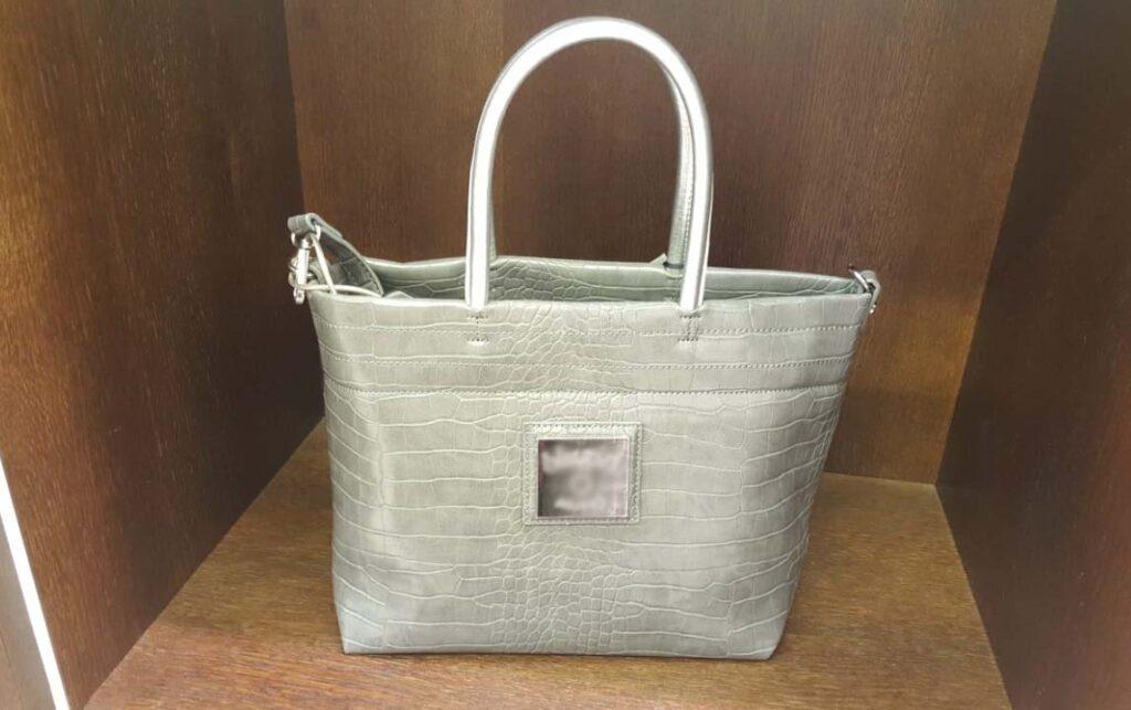 Модные сумки-тоут из серебристой кожи