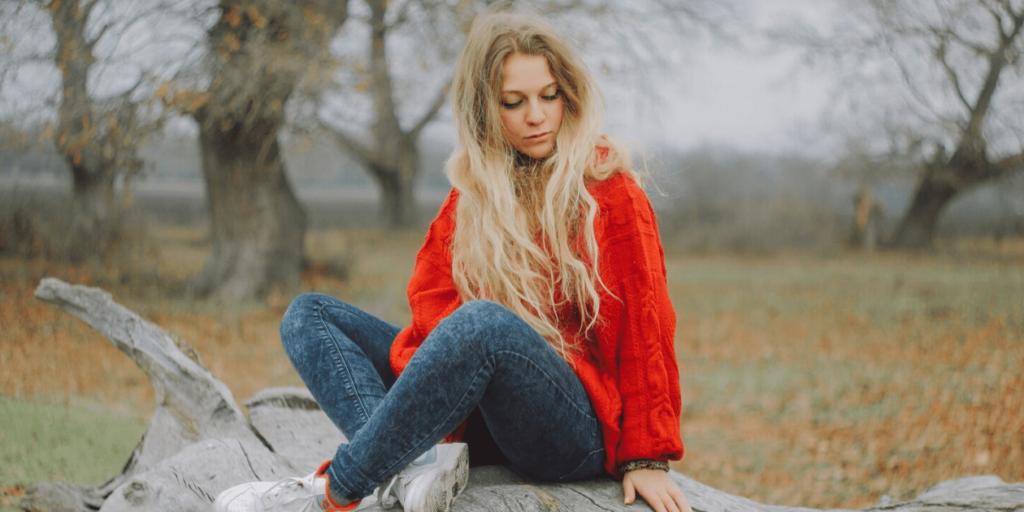 Модный свитер 2019 необходим в холодное время года